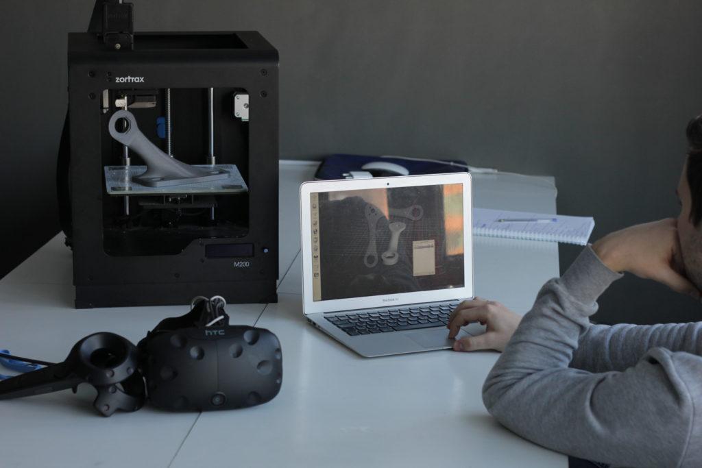 3д принтер, очки виртуальной реальности